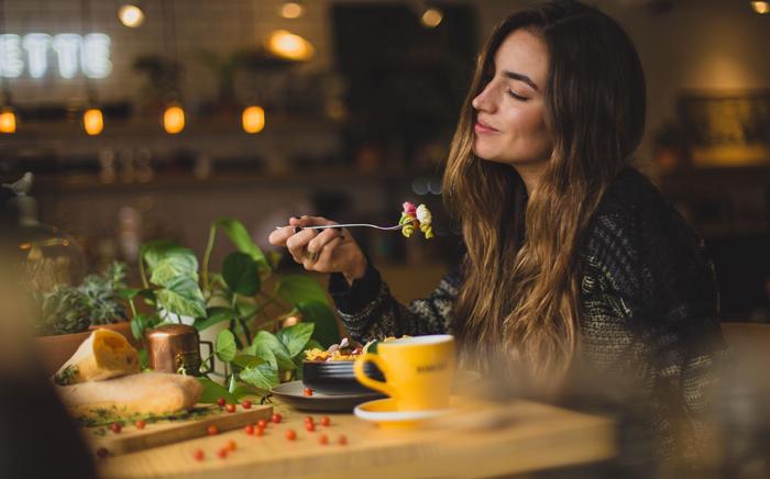 Τρόφιμα που σας βοηθούν να αντιμετωπίσετε την κατάθλιψη