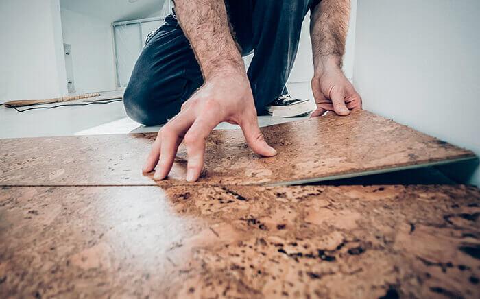 Kitchen design with cork floor and walls