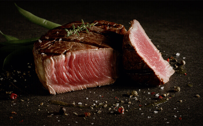 How to cook steaks using the oven